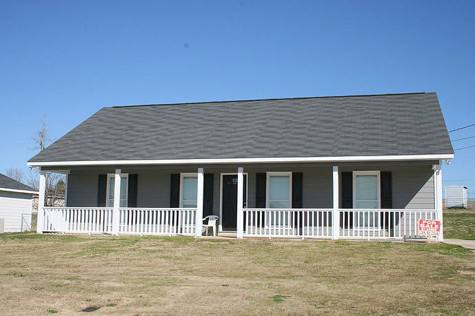 3 Bedrooms / 2 Bathrooms - Est. $900.00 / Month* for rent in Phenix City, AL