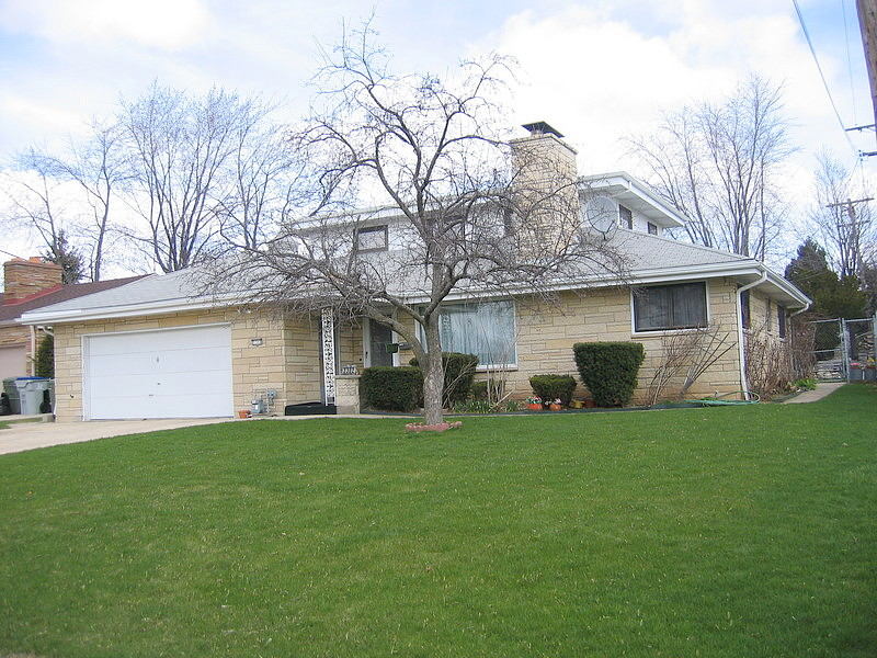 Image of rent to own home in Milwaukee, WI