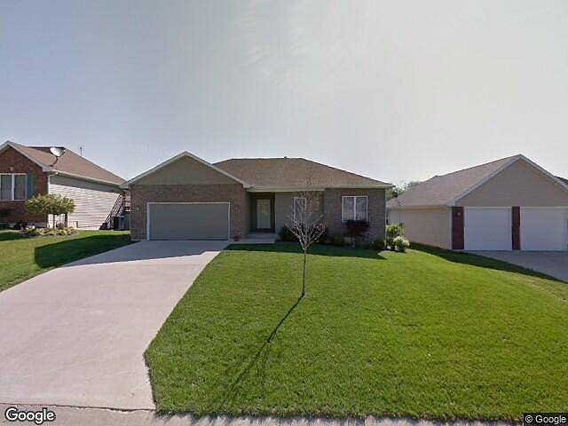 3 Bedrooms / 3 Bathrooms - Est. $1,314.00 / Month* for rent in Quincy, IL