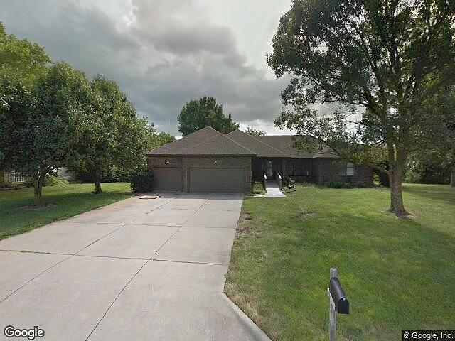 4 Bedrooms / 4 Bathrooms - Est. $2,435.00 / Month* for rent in Springfield, MO