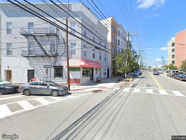 Image of rent to own home in Edgewater, NJ