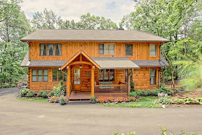 4 Bedrooms / 3 Bathrooms - Est. $10,005.00 / Month* for rent in Blue Ridge, GA