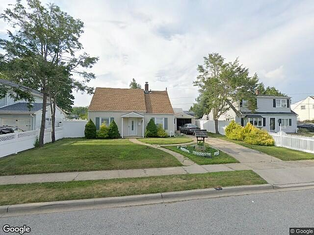 Image of rent to own home in Levittown, NY