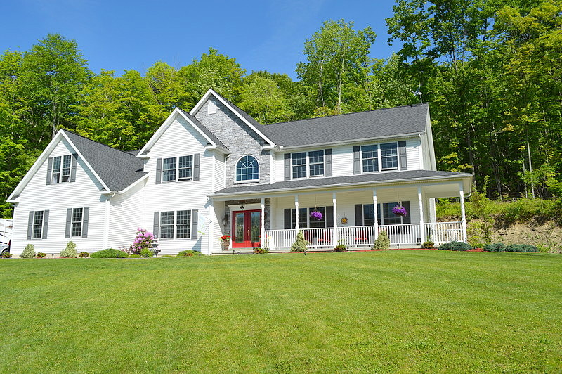 6 Bedrooms / 2.5 Bathrooms - Est. $2,368.00 / Month* for rent in Endicott, NY