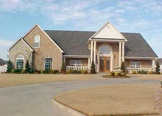 4 Bedrooms / 3.5 Bathrooms - Est. $3,402.00 / Month* for rent in Fort Smith, AR