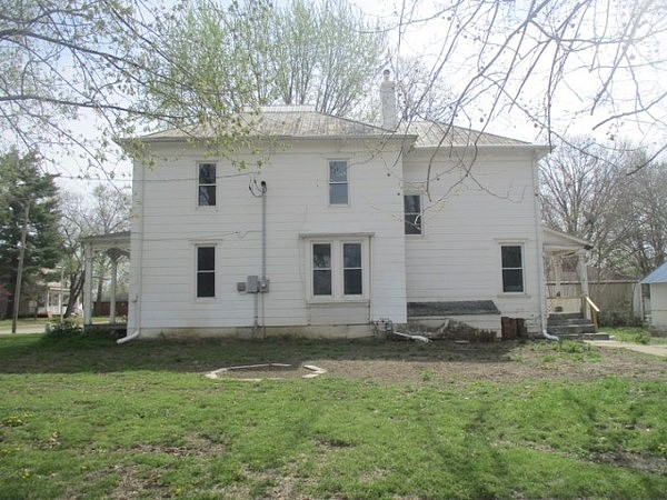 5 Bedrooms / 2 Bathrooms - Est. $307.00 / Month* for rent in Clinton, MO