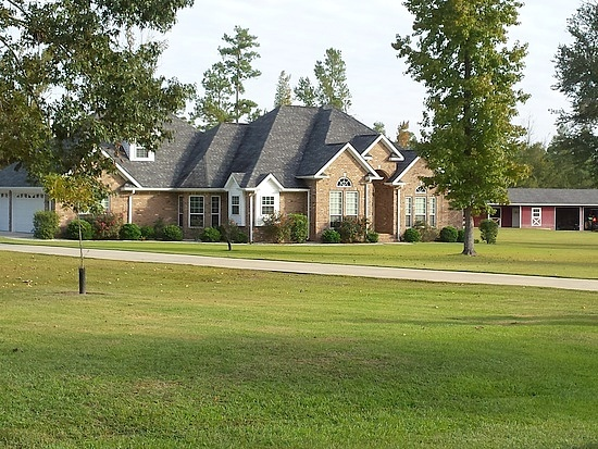 4 Bedrooms / 2.5 Bathrooms - Est. $2,461.00 / Month* for rent in Glennville, GA