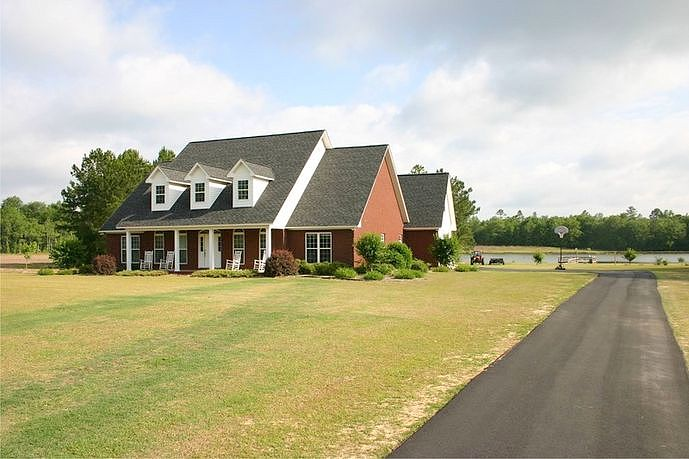 6 Bedrooms / 3 Bathrooms - Est. $1,831.00 / Month* for rent in Swainsboro, GA