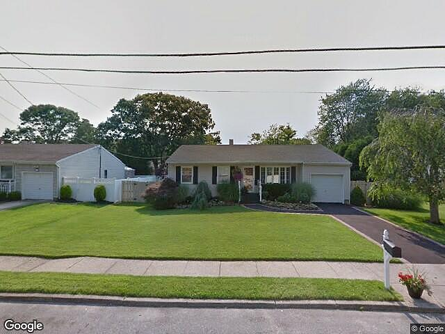 Image of rent to own home in Sayville, NY