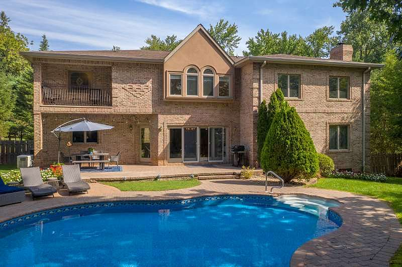 Image of rent to own home in Cresskill, NJ