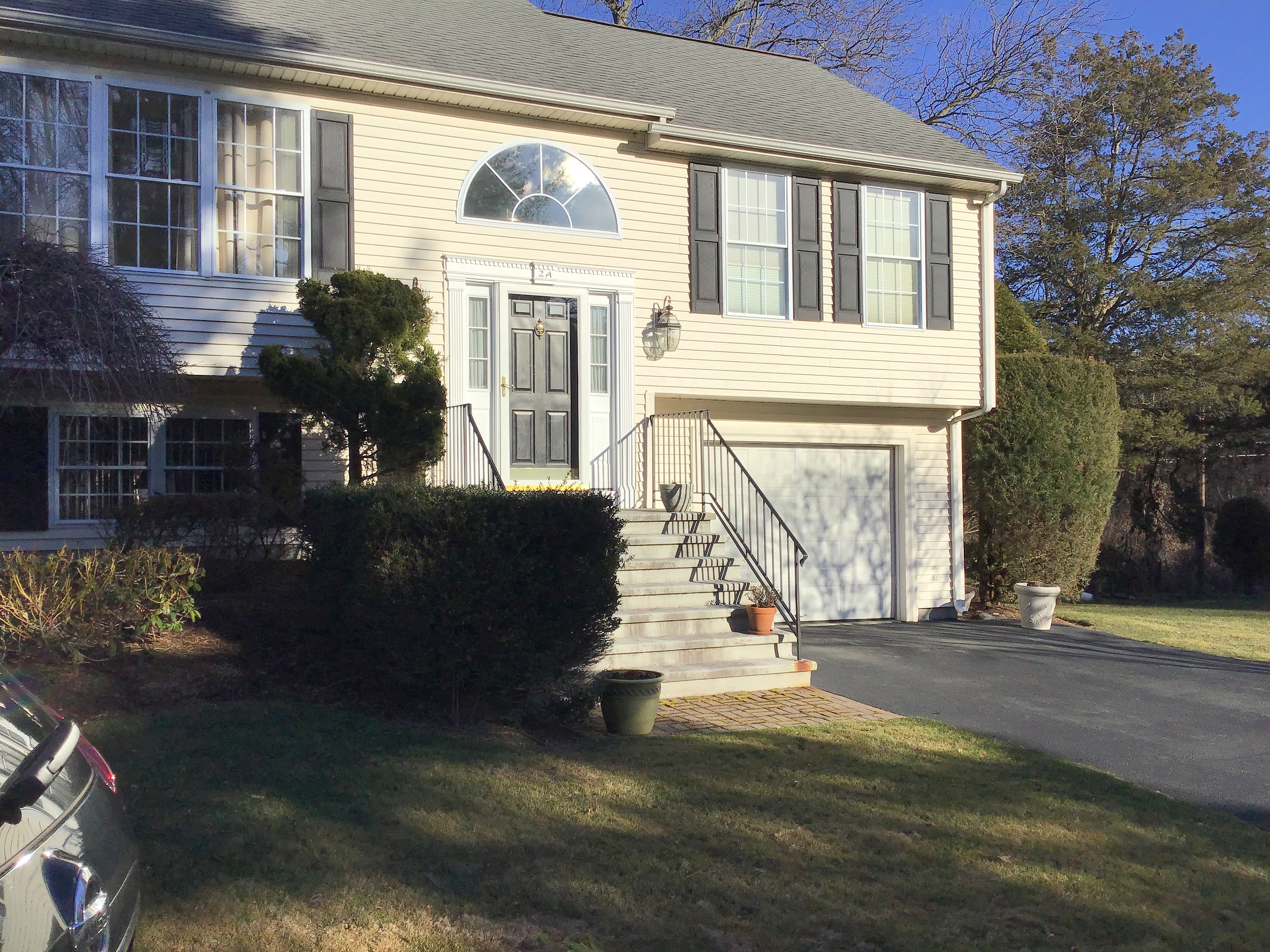 Image of rent to own home in Warwick, RI