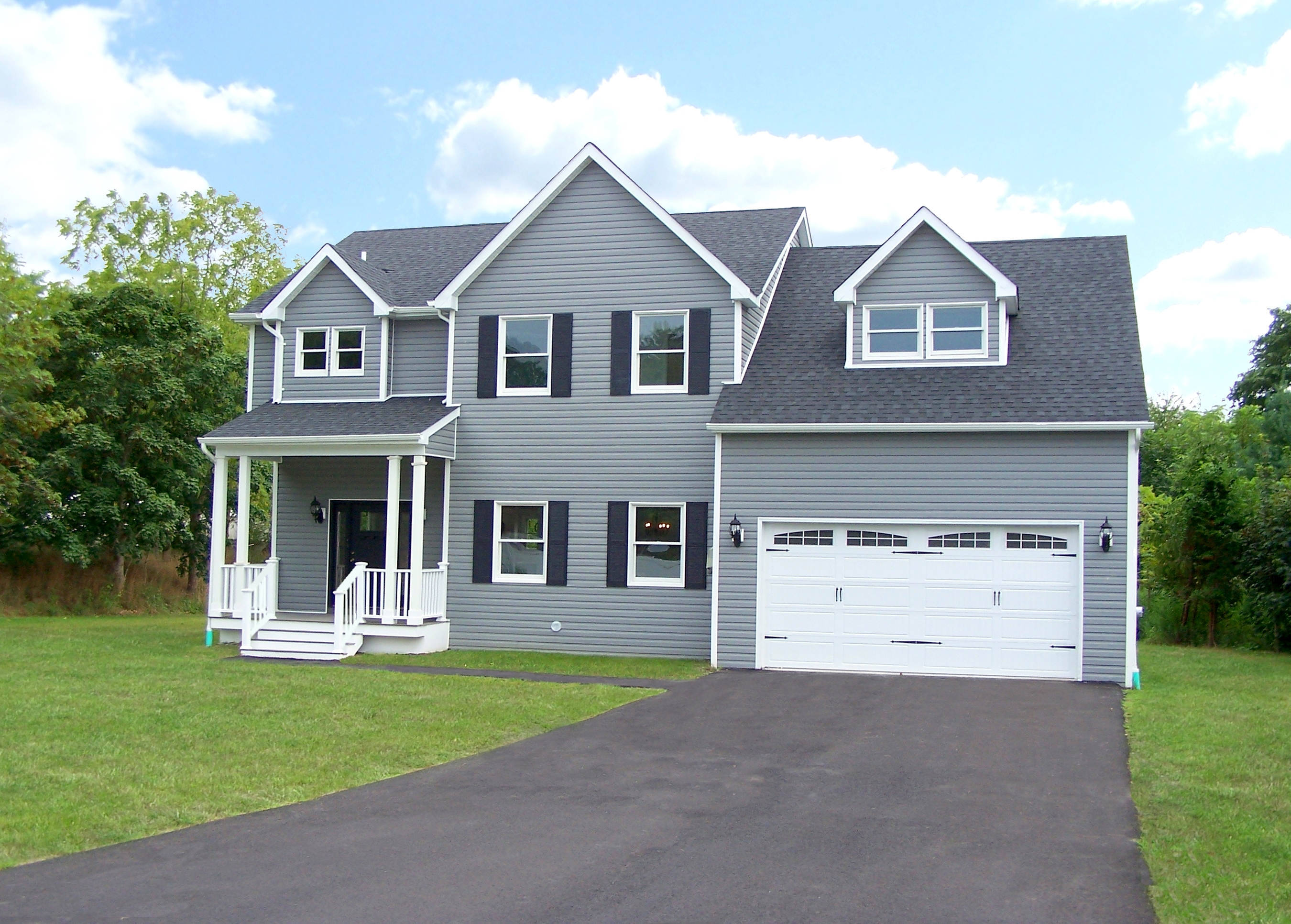 Image of rent to own home in Center Moriches, NY