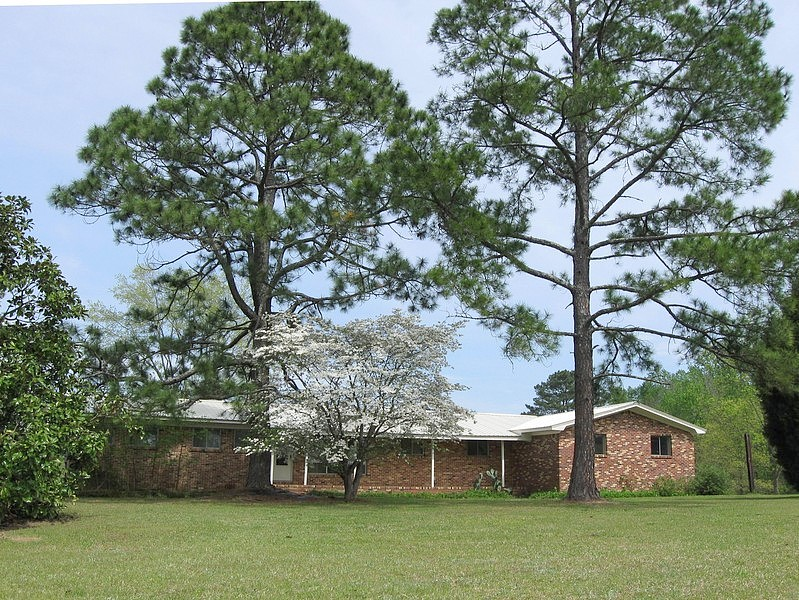 3 Bedrooms / 1 Bathrooms - Est. $2,335.00 / Month* for rent in Jemison, AL