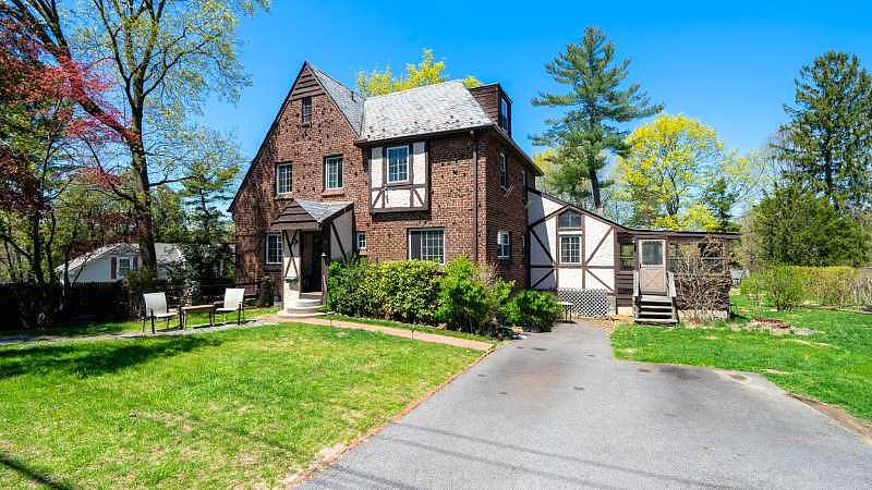 Image of rent to own home in Hartsdale, NY
