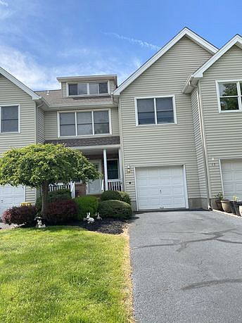 3 Bedrooms / 2.5 Bathrooms - Est. $3,202.00 / Month* for rent in Hillsborough, NJ
