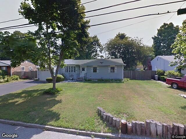 Image of rent to own home in Bayport, NY