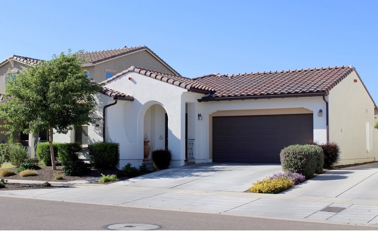 3 Bedrooms / 2 Bathrooms - Est. $2,167.00 / Month* for rent in Surprise, AZ