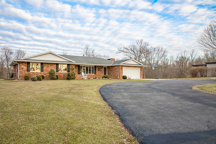 Image of rent to own home in East Peoria, IL
