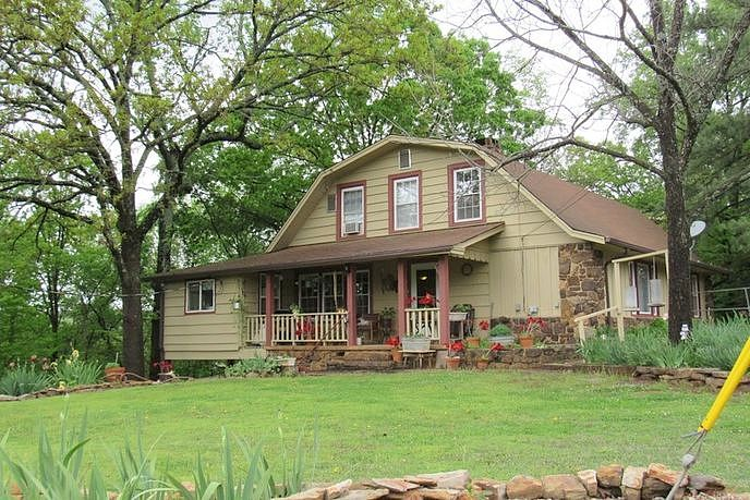 4 Bedrooms / 3 Bathrooms - Est. $1,133.00 / Month* for rent in Mulberry, AR