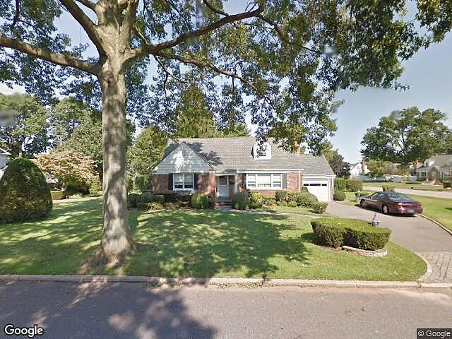 Image of rent to own home in Westbury, NY