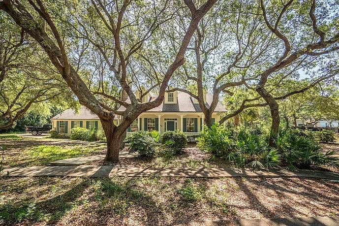 Image of rent to own home in Mary Esther, FL