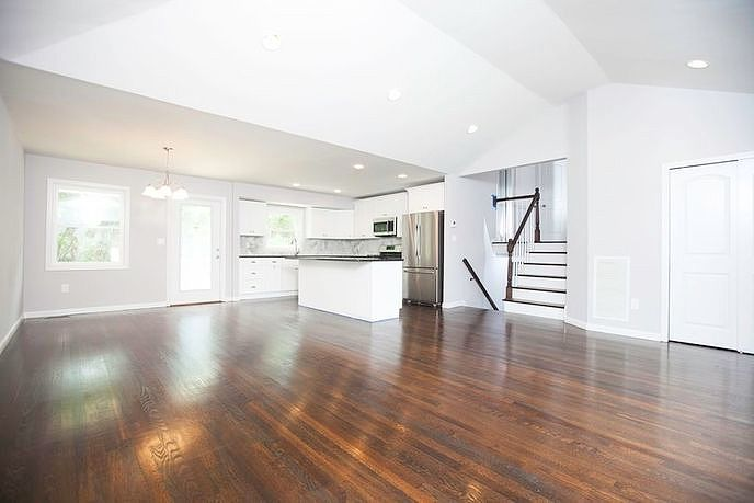 Image of rent to own home in Woodbury, NY