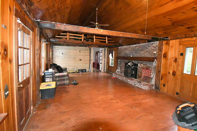 3 Bedrooms / 1 Bathrooms - Est. $1,334.00 / Month* for rent in Nashua, NH