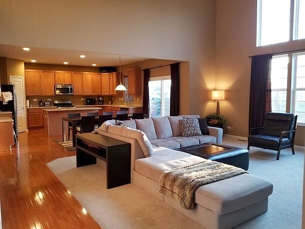 Image of rent to own home in Carpentersville, IL
