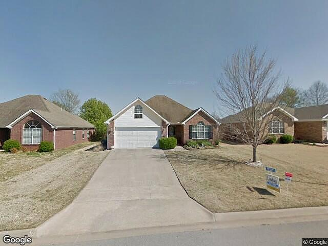 3 Bedrooms / 2 Bathrooms - Est. $1,041.00 / Month* for rent in Fayetteville, AR