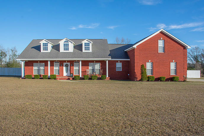 Image of rent to own home in Coffee Springs, AL