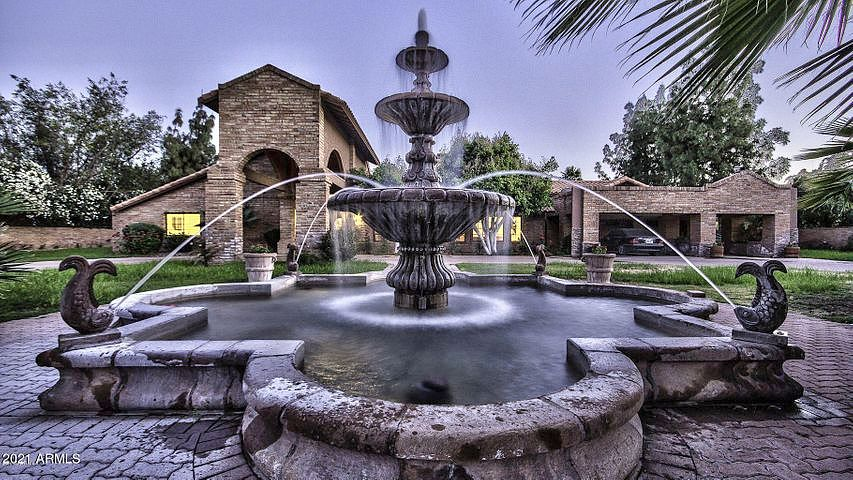 Image of rent to own home in Paradise Valley, AZ