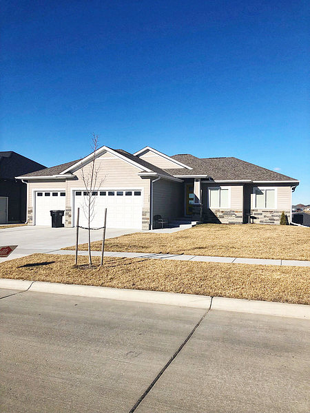 4 Bedrooms / 3 Bathrooms - Est. $2,325.00 / Month* for rent in Lincoln, NE
