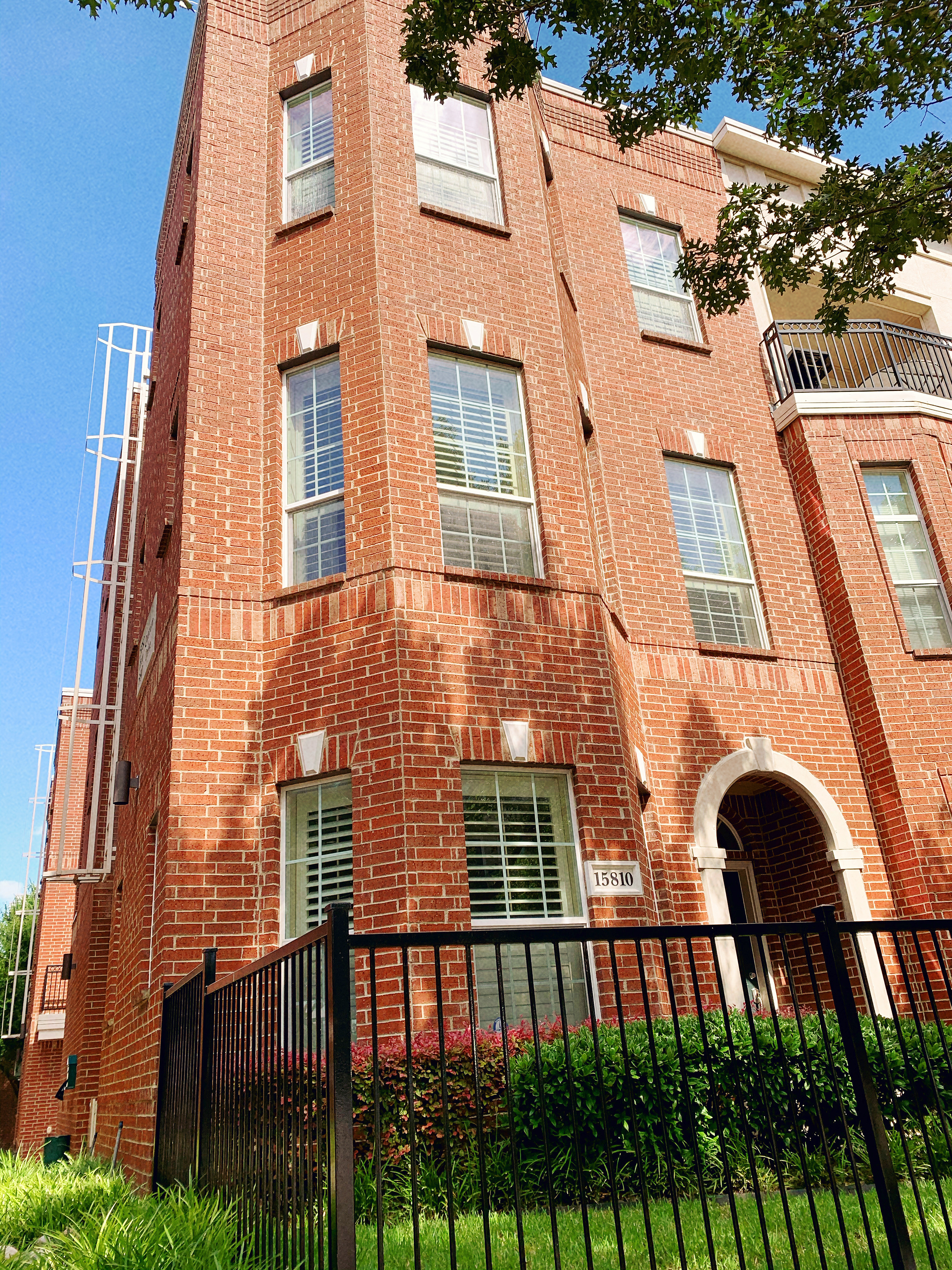 Image of rent to own home in Addison, TX
