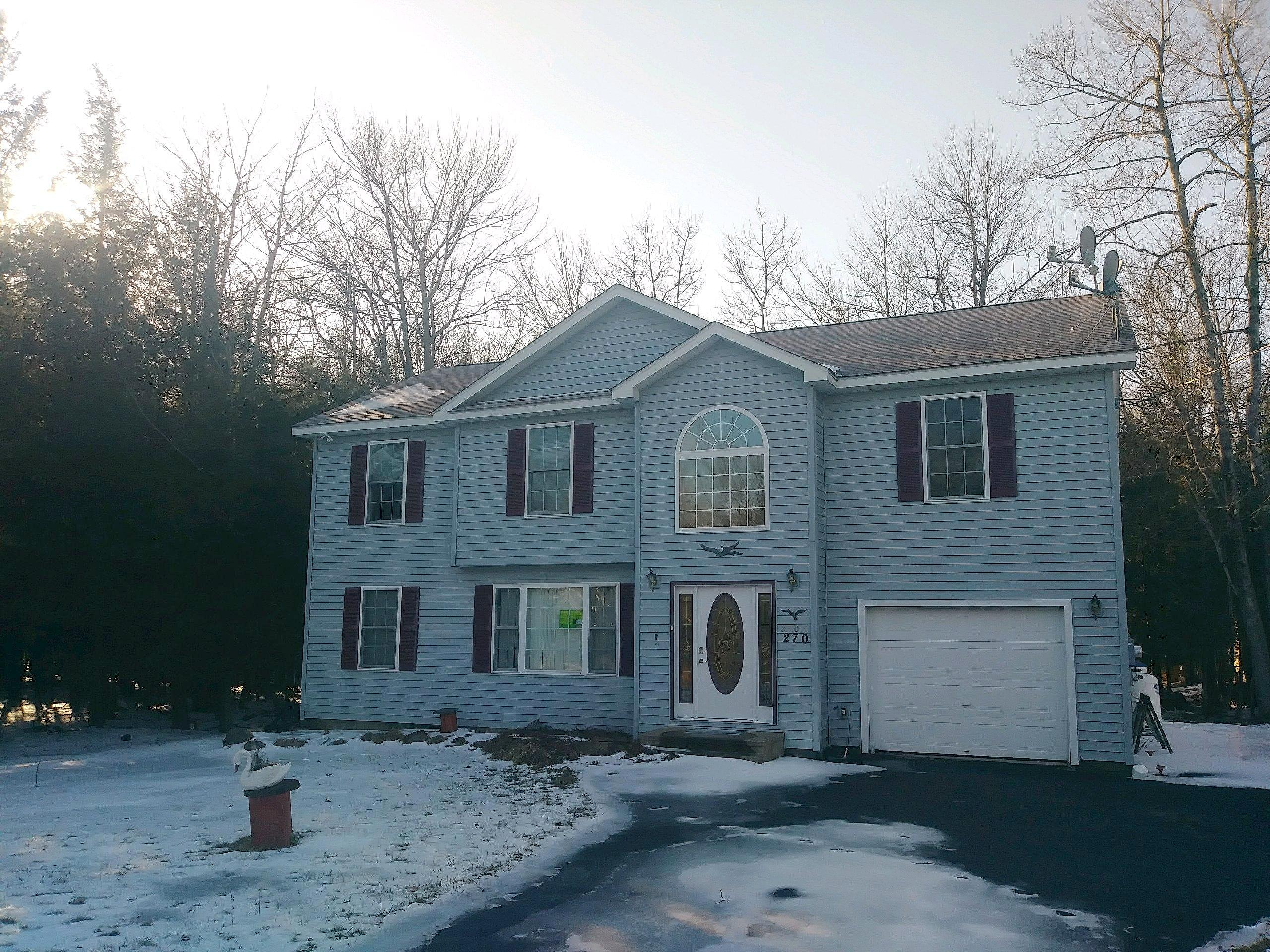 Image of rent to own home in Pocono Summit, PA