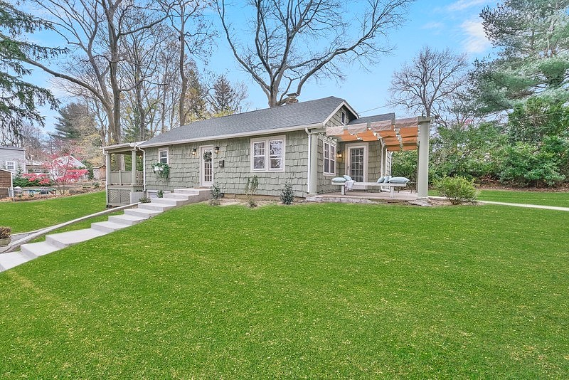 Image of rent to own home in Sea Cliff, NY