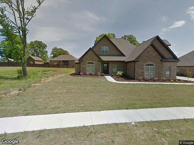 3 Bedrooms / 4 Bathrooms - Est. $2,701.00 / Month* for rent in Florence, AL