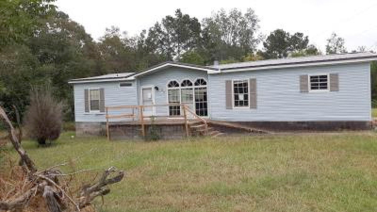 Image of rent to own home in Aliceville, AL