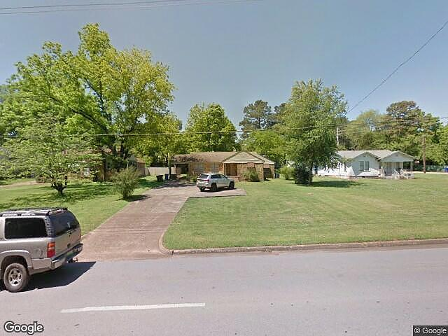 4 Bedrooms / 2 Bathrooms - Est. $800.00 / Month* for rent in Florence, AL