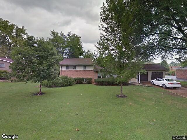 Image of rent to own home in Creve Coeur, MO