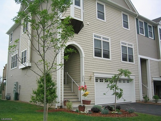 3 Bedrooms / 3.5 Bathrooms - Est. $3,635.00 / Month* for rent in Mount Arlington, NJ