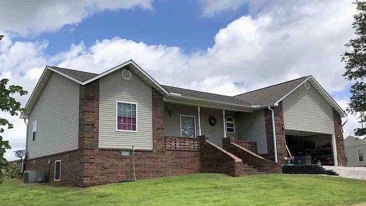 3 Bedrooms / 2 Bathrooms - Est. $1,507.00 / Month* for rent in Melbourne, AR